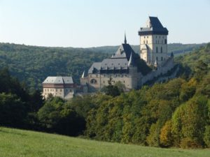 hrad karlstejn 300x225 Výlet na Karlštejn