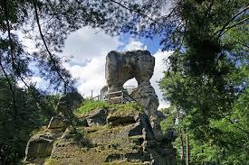 asd Zřícenina skalního hradu Rotštejn
