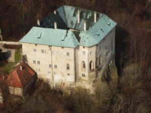 hrad houska 300x225 Hrad Houska
