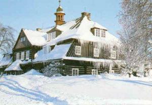 nova louka zima 300x208 Šámalova chata